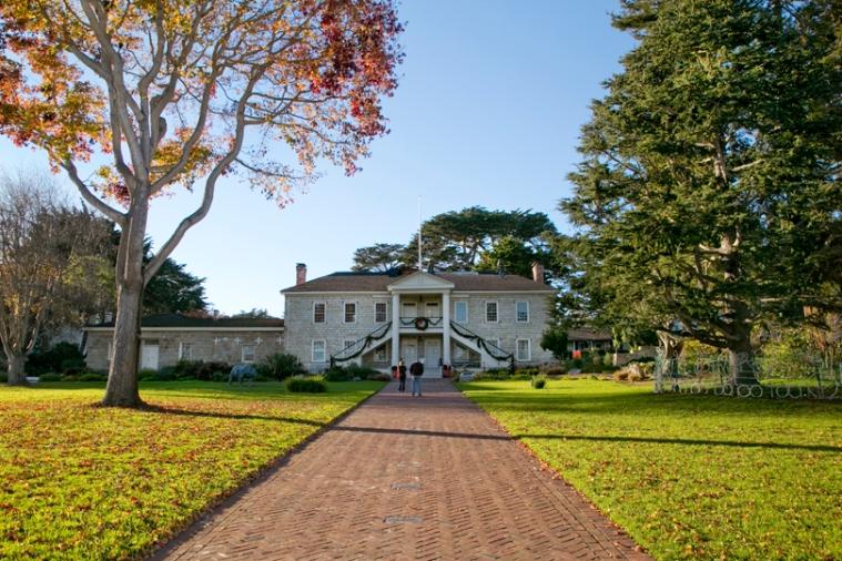 Monterey-City-Hall-California