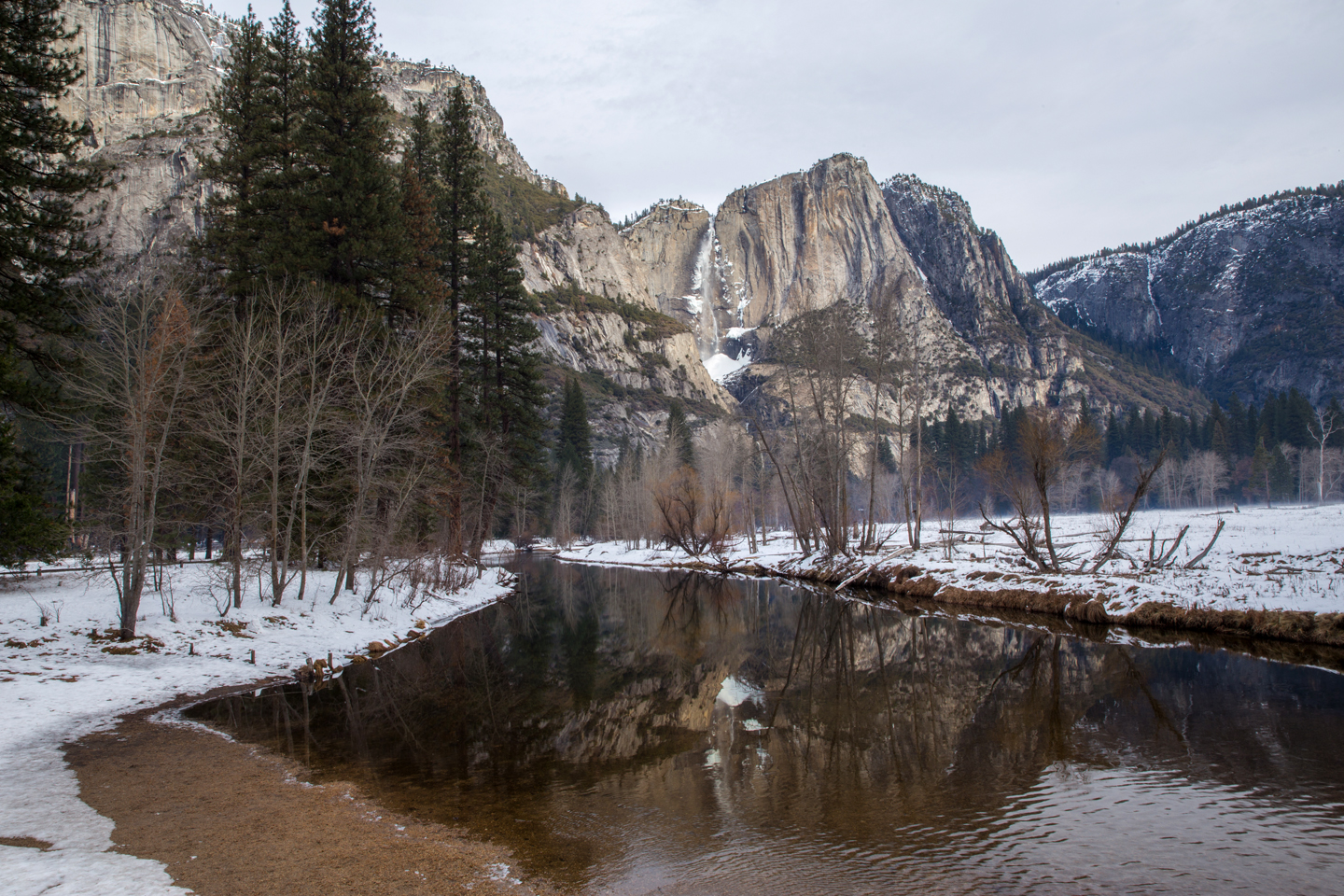 yosemite-falls-sinrise-winter.jpg