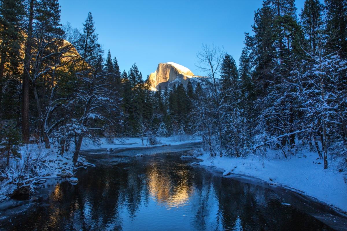 yosemite-national-park-half-dome-reflection