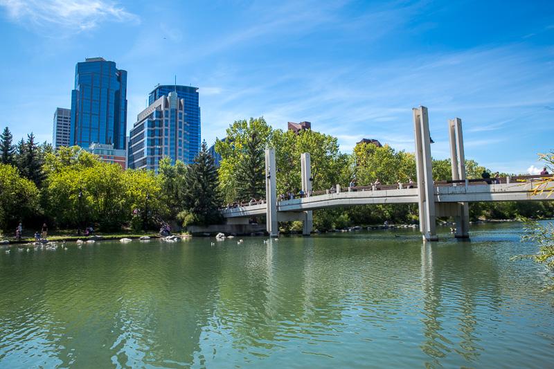 downtown-calgary-skyline-river