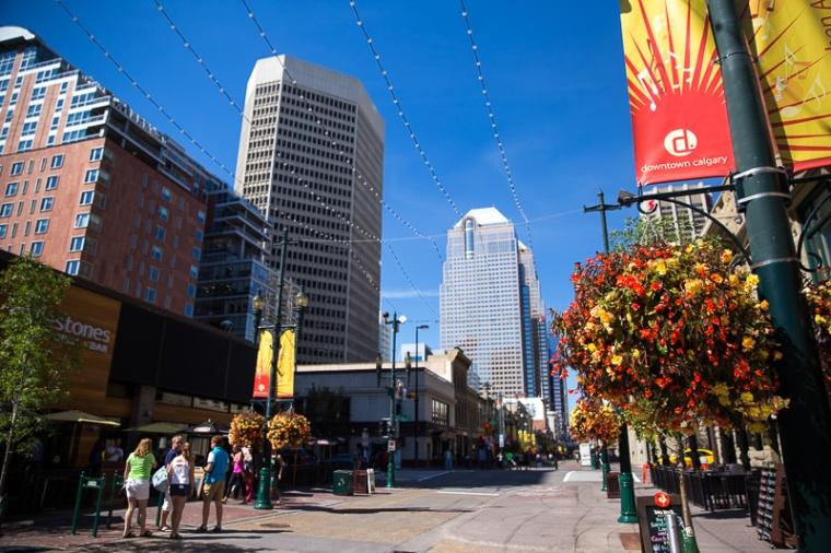 downtown-calgary-stephen-avenue-wide