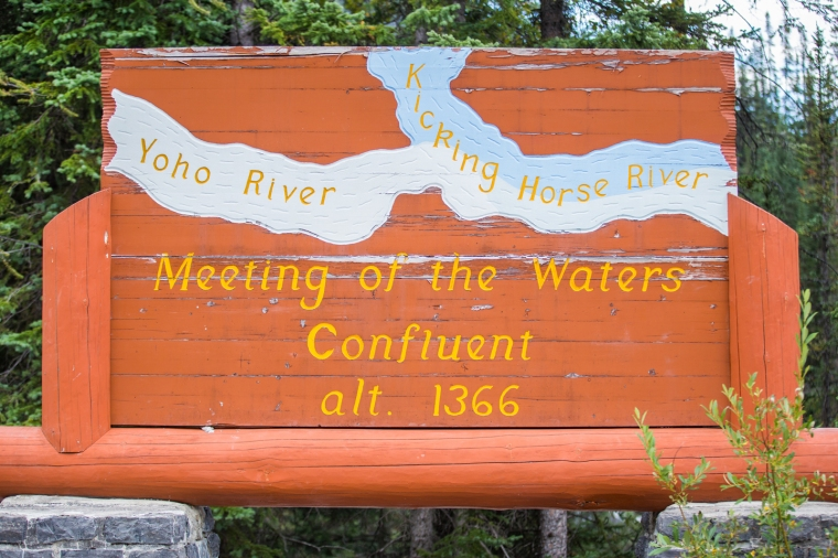 merging-of-the-waters-yoho-sign