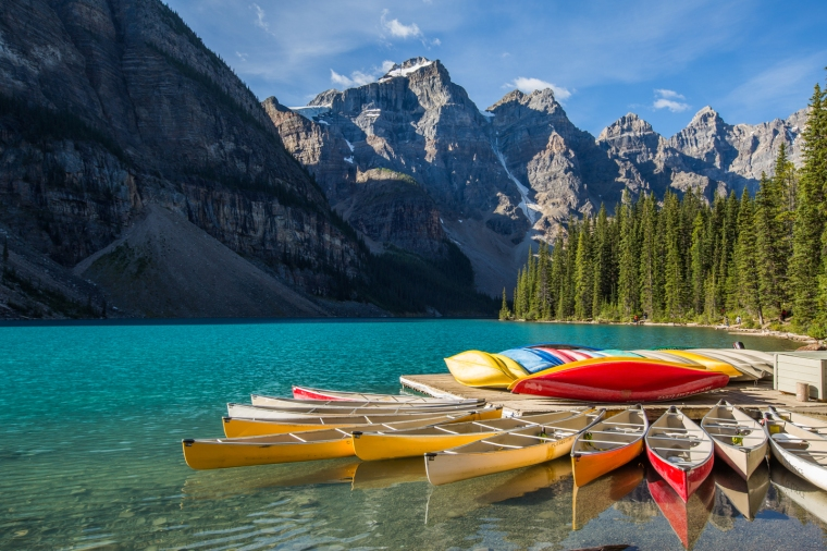 moraine-lake-banff-canoe-dock