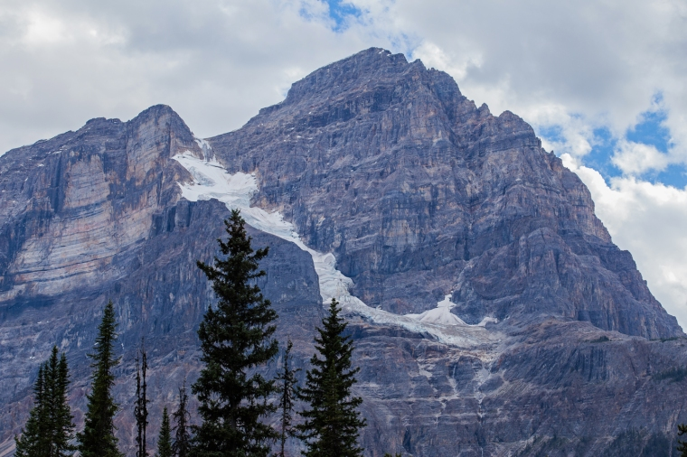 yoho-national-park-mountain-glacier