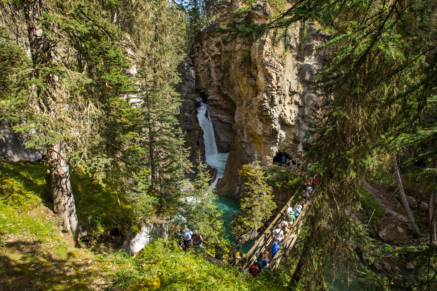 banff-johnston-canyon-lower-falls-line