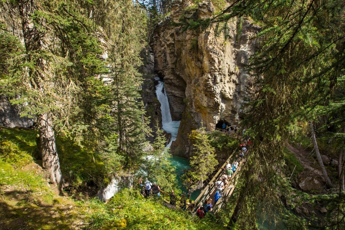 banff-johnston-canyon-lower-falls-line