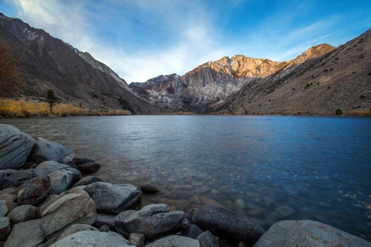 convict-lake-fall-colors-sunrise-4