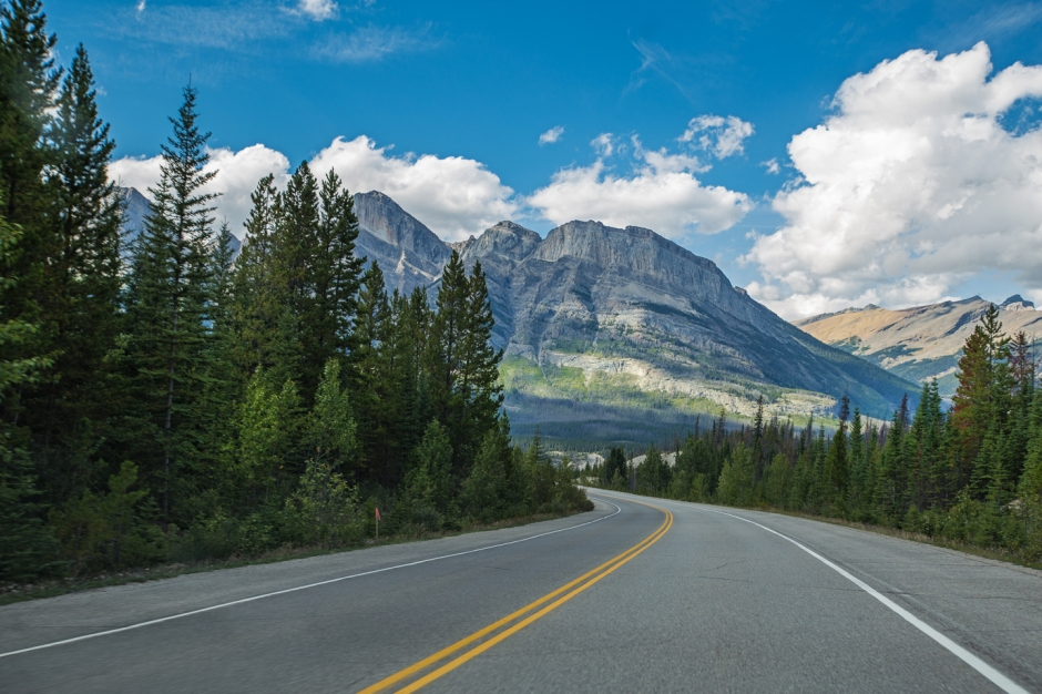 icefields-parkway-road