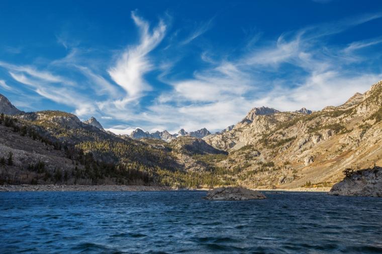 lake-sabrina-fall-colors