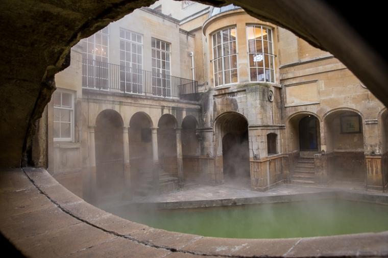 roman-bath-pool-framed