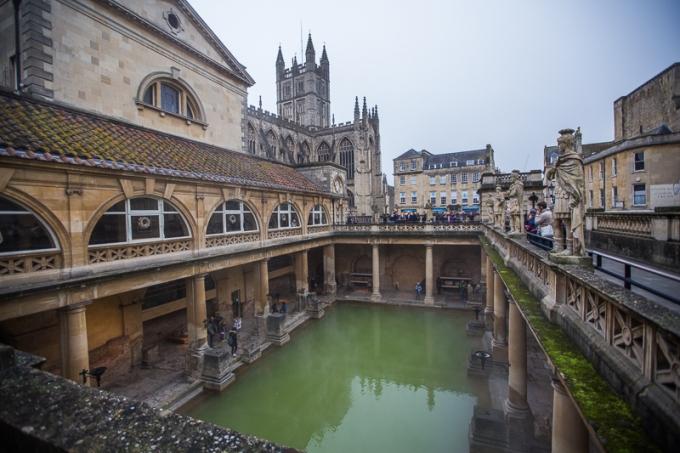 roman-baths-pool