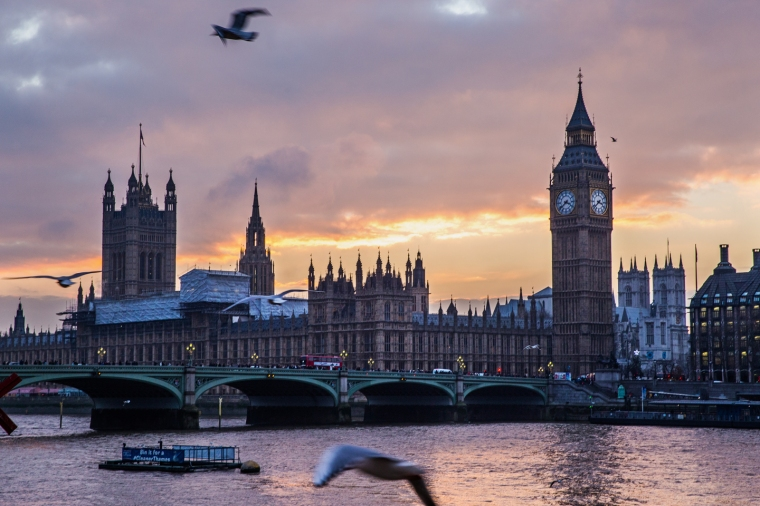 London-Parliment-Building-Sunset-Birds.jpg